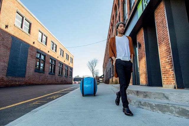 Piaggio buat Robot Kargo yang Bisa Mengikuti Pemiliknya Berjalan