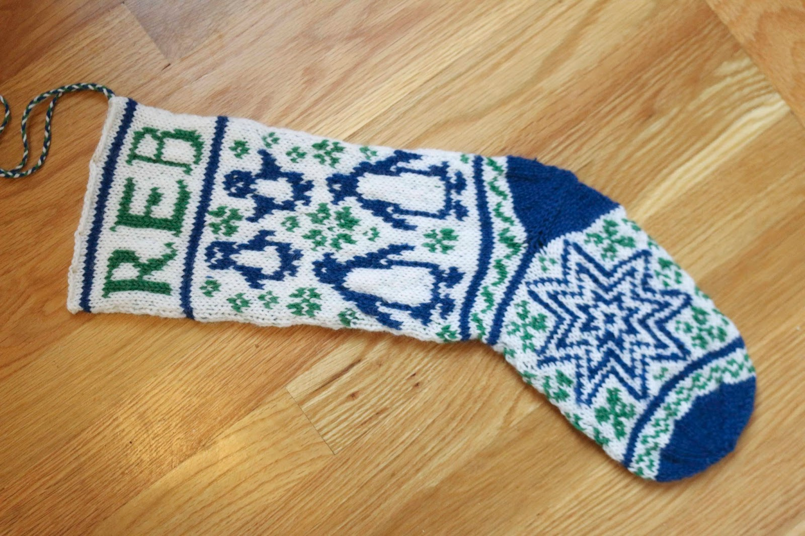 ChemKnits: Baby REB Christmas Stocking Knitting Pattern