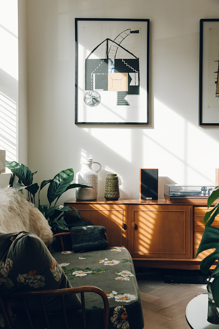 A Mid-century Inspired Home with Beautiful Light