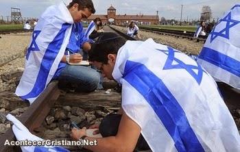 Israelíes recuerdan el Holocausto Nazi