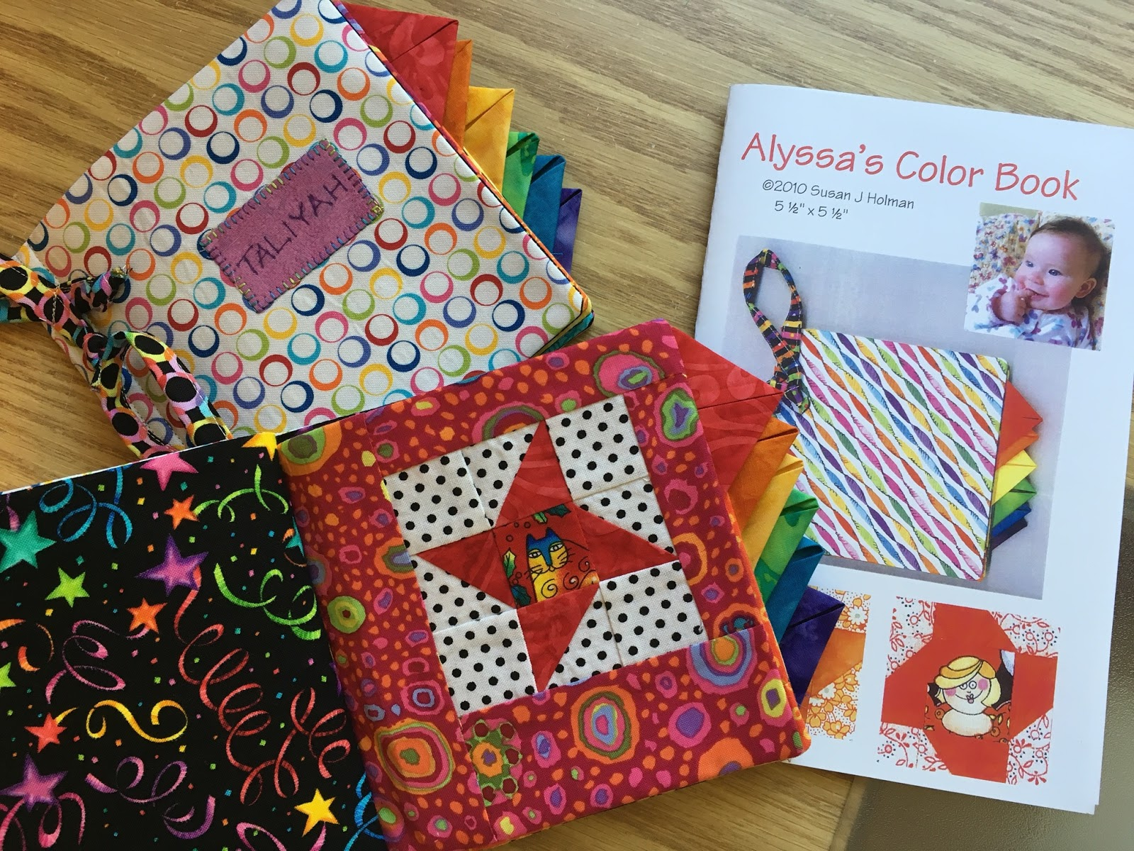 Susan\'s Quilt Creations: Birthday Color Books