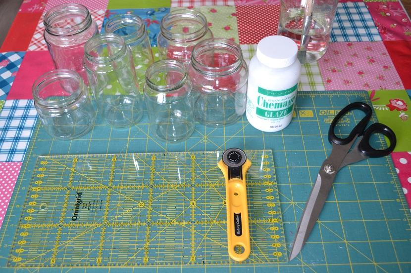 Genoeg Stipjes en datjes: Tutorial glazen potjes decoreren met stof en lint @NR69