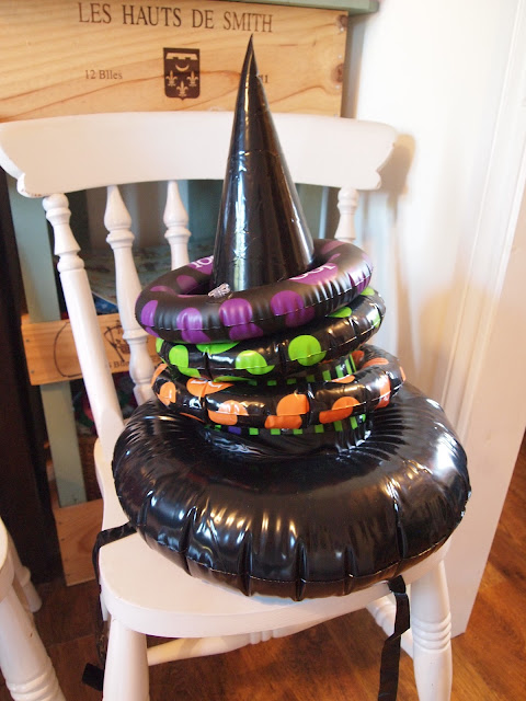 Inflatable Witches Hat Ring Toss from Party Pieces