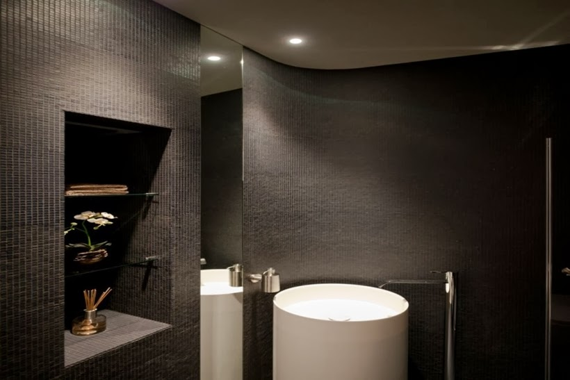 Black bathroom in Minimalist modern apartment in Moscow