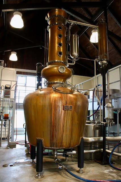 alambic,vendome,distillation,distillerie,distillerie-cote-des-saints,gin,whisky, madame-gin