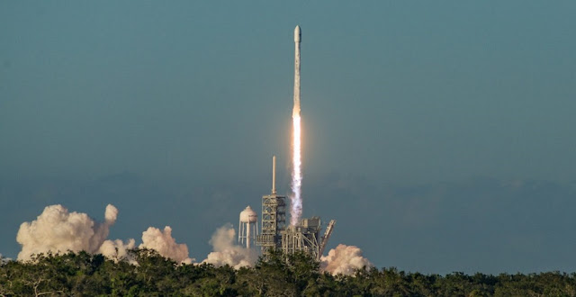 SpaceX launches an expendable Falcon 9 with Inmarsat-5 F4. Photo Credit: Vikash Mahadeo / SpaceFlight Insider