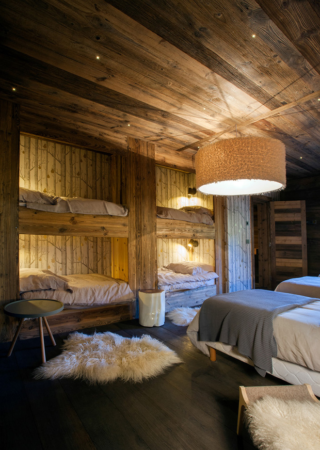 decordemon Elegant chalet in the French Alps