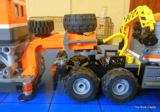 LEGO brick Articulated truck trailer fifth wheel