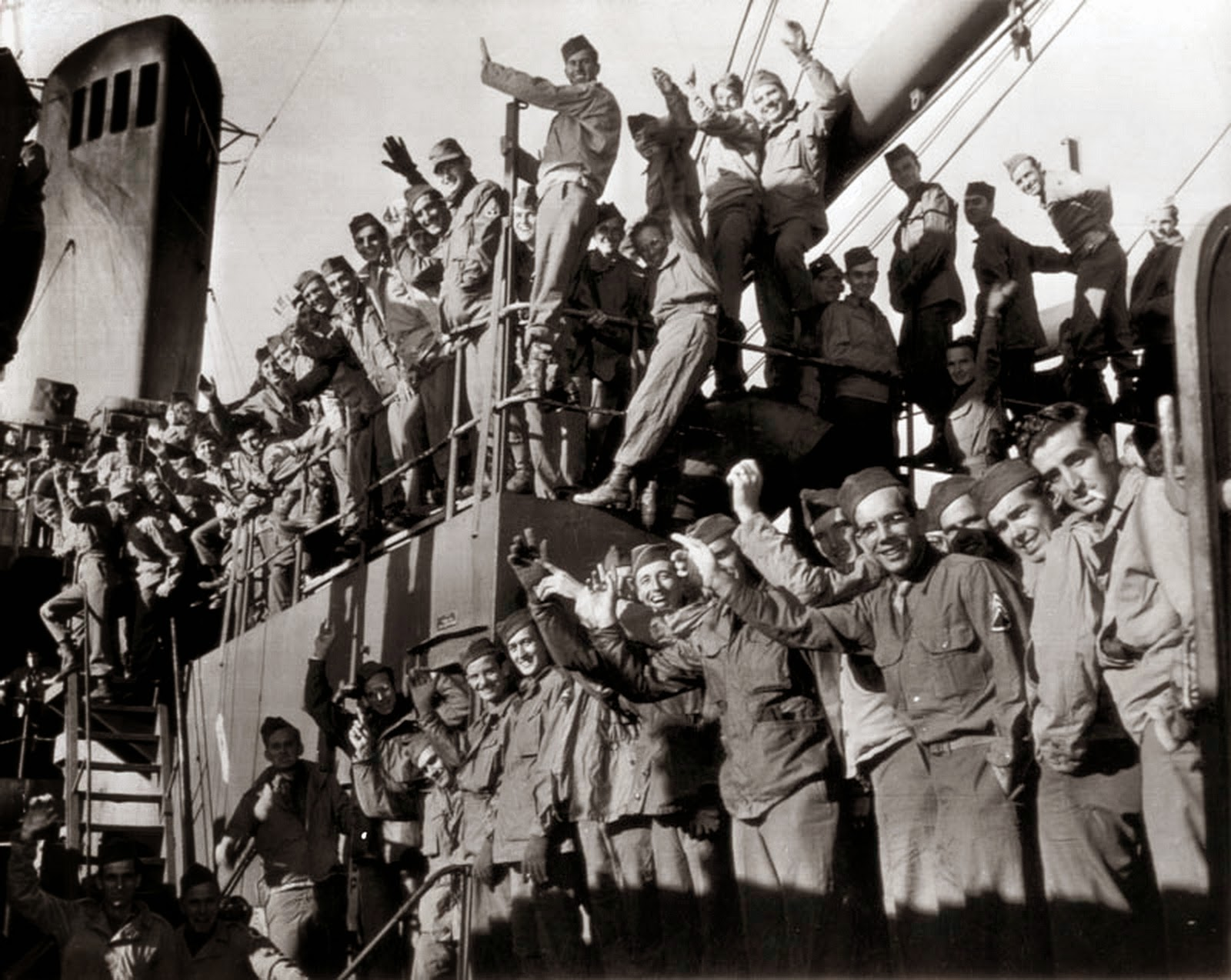 World War Ii Pictures In Details Us Army 37th Infantry Buckeye Division Returns To The United