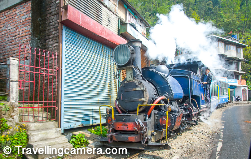 Few sights are as enticing as that of a small steam engine finding its way around a hill, its white steam clouds in start contrast against the deep green foliage in the background. The Darjeeling Himalayan Railway is definitely a treat for the eyes. And not only is it pretty, it is a technological feat in itself. It manages to ascend to an altitude of 2,200m by using the Zig-Zag and loop-line technology.