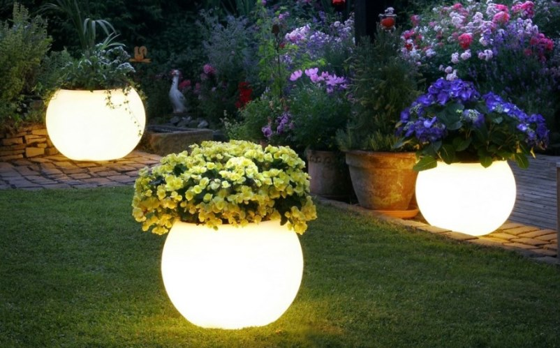 Outdoor garden lighting ideas art home design ideas there are various kinds outdoor garden lighting ideas that can be used to beautify your garden at night here is a set of ideas attractive lights that might aloadofball Image collections