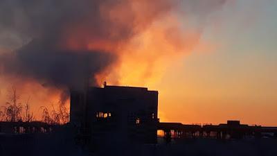 Рассвет, похожий на пожар - зимний индустриальный пейзаж Фото для вас бесплатно / Photo is free for you, p_i_r_a_n_y_a