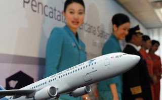 http://rekrutkerja.blogspot.com/2012/03/garuda-indonesia-stewardess-recruitment.html