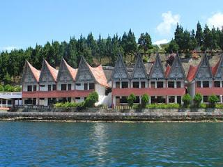 Paket Wisata Danau Toba Parapat