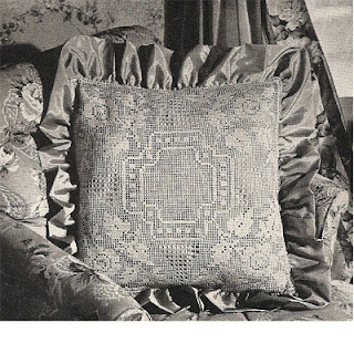 Vintage Pillow Pattern in Filet Crochet
