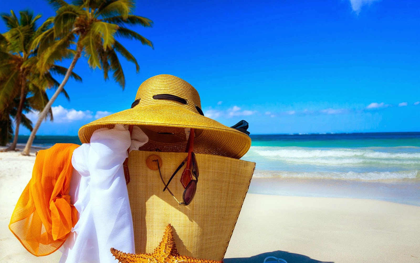 Strand, zee en strandspullen