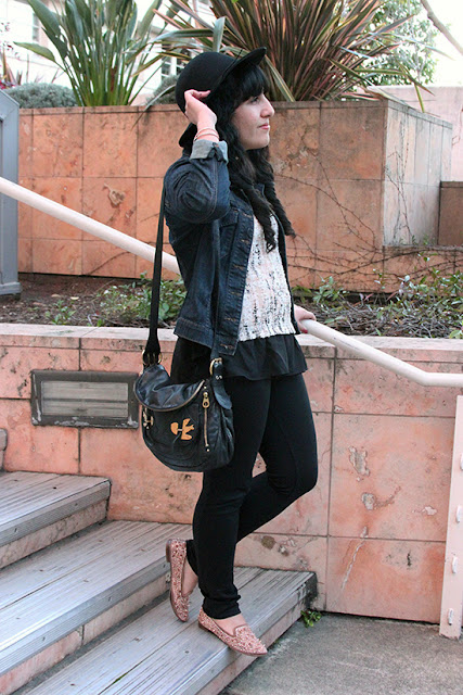LE TOTE Denim Jacket Pink Blush Knit Top Weekend Blogger Outfit