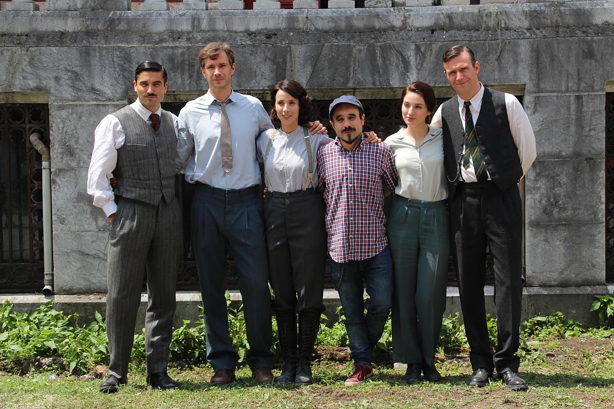Actores y director de la pleícula Gernika en Munoa