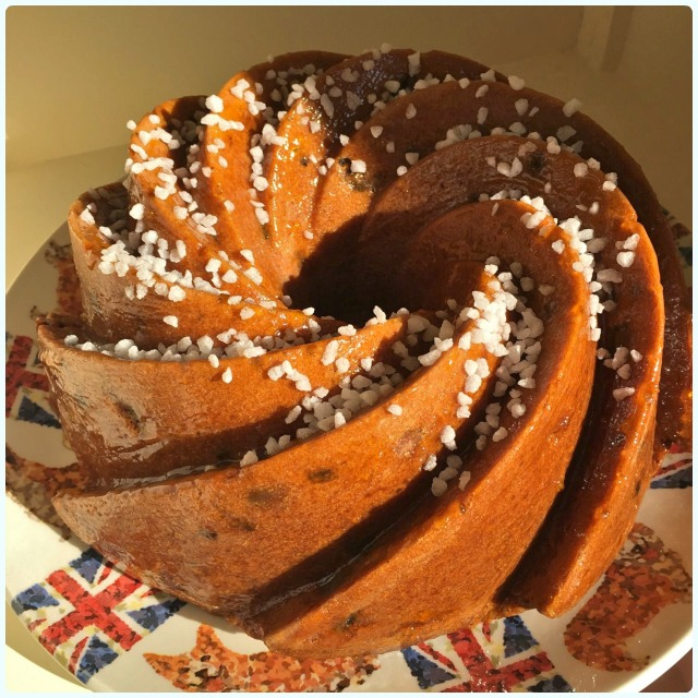 Country Slice Bundt Cake