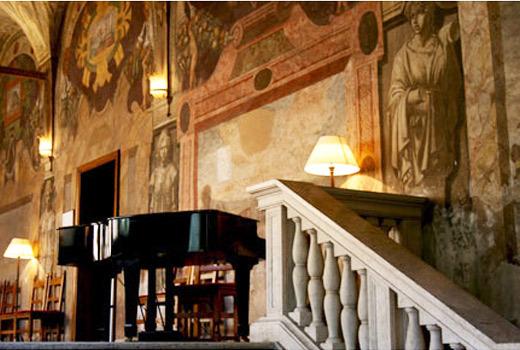 """Venerdì 23/11/18, h 17.00 - Visita guidata con apertura """"esclusiva"""" di Palazzo dei Penitenzieri e il soffitto dei Semidei"""
