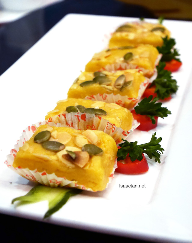 Soan Papdi (RM10++ per serving of 5 pcs)