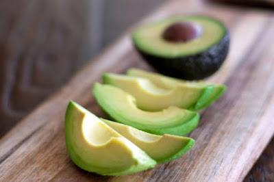 Manfaat buah alpukat bagi kesehatan tubuh kita