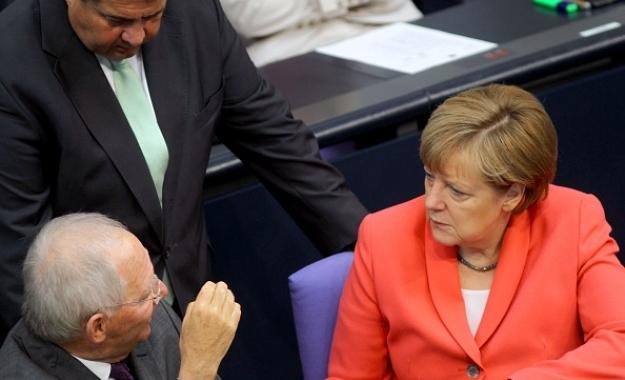 Γκάμπριελ: Ο Σόιμπλε ήθελε έξοδο της Ελλάδας από το ευρώ, αλλά τον απέτρεψε η Μέρλε