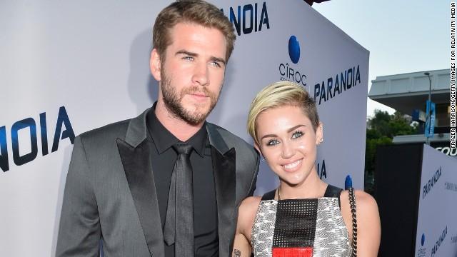 Miley Cyrus y Liam Hemsworth se casaron en secreto.