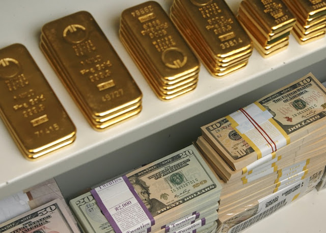 Precio del oro estable a la espera del dato de empleo en EE. UU:
