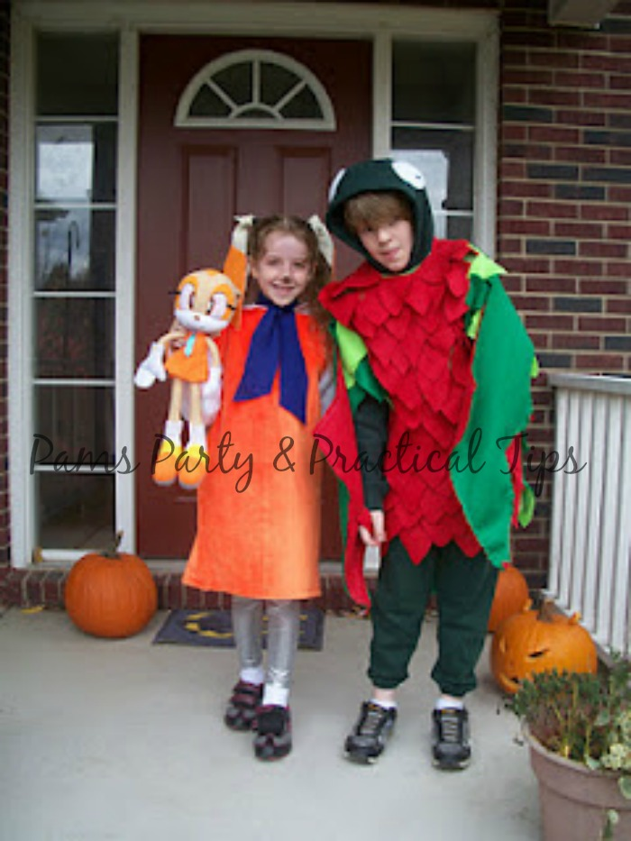 Nov 19, · Making your own Halloween costume can seem like a lot of work, but if you select a costume idea that you really love, pick the right materials for the costume, and give yourself some time to make it, you can make a great costume, too%(5).