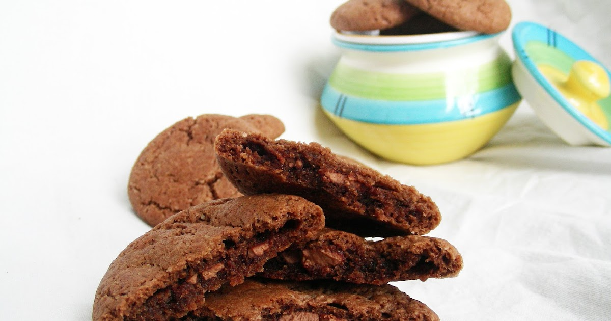 Eggless Biscuit Cake Recipe