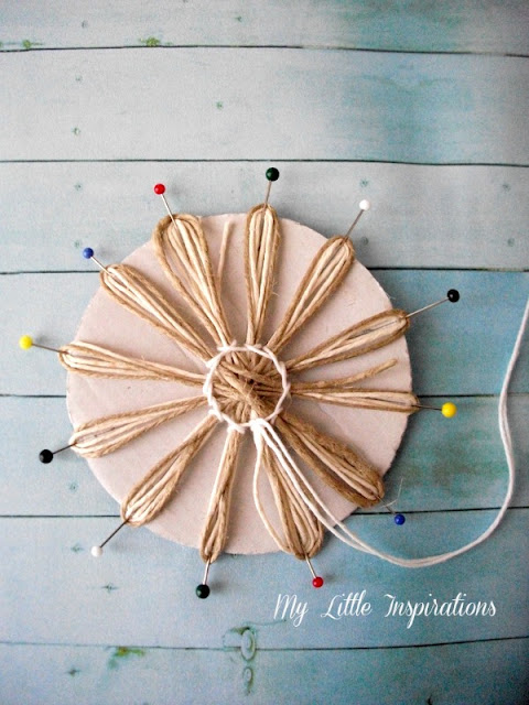 DIY Twine and raffia flowers with recycled paper leaves - Fiori di spago e rafia con foglie carta riciclata 12 - My Little Inspirations