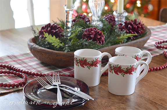 Christmas dishes on table | www.andersonandgrant.com