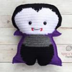 https://spinayarncrochet.com/vampire-amigurumi-free-crochet-pattern/