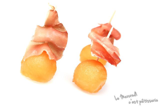 Mini brochettes de melon et jambon cru