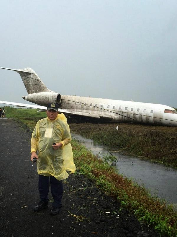 Global Express Bombardier jet skids off runway
