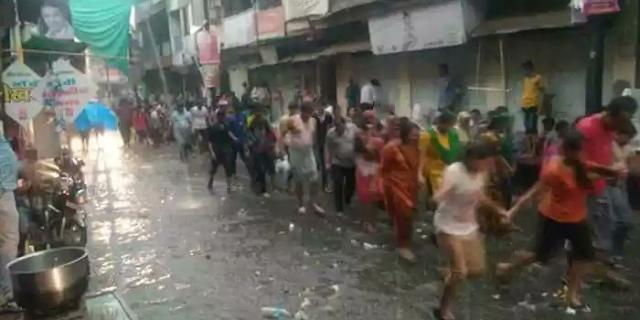 मप्र में भारी बारिश: नदियां उफान पर, बाढ़ के हालात, सड़कें डूबीं | MP NEWS