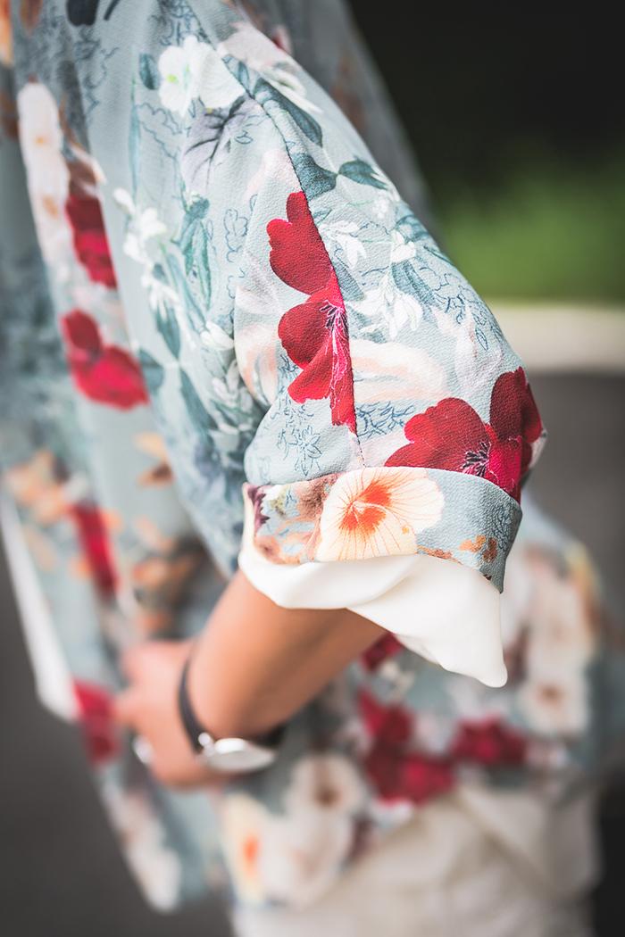 Kimono Flores ,Es cuestión de estilo , Personal Shopper , The Amity Company , Tendencia .