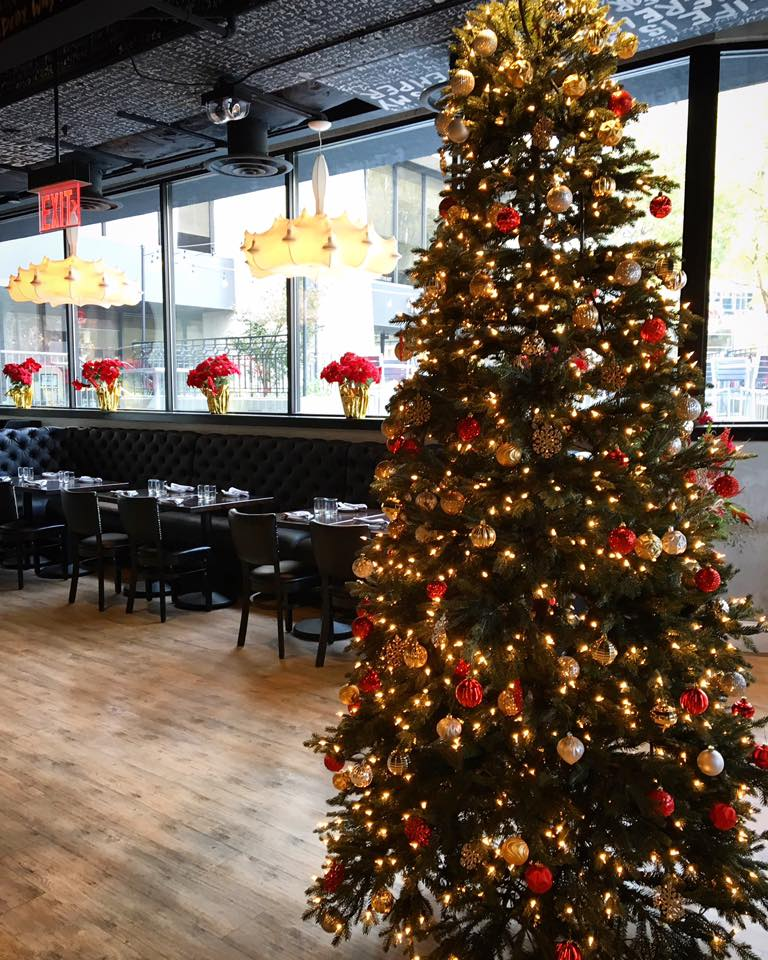 Atlanta Dish Santa S Booked But Atlanta Restaurants Have