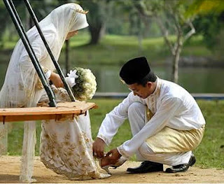 Arti Kata Suami dan Istri