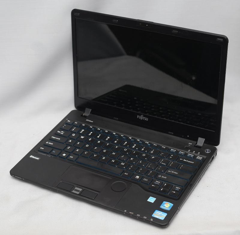 Fujitsu Lifebook Sh771 Bekas Laptop Fujitsu Core I7 Jual Laptop Bekas Second Garansi Like New