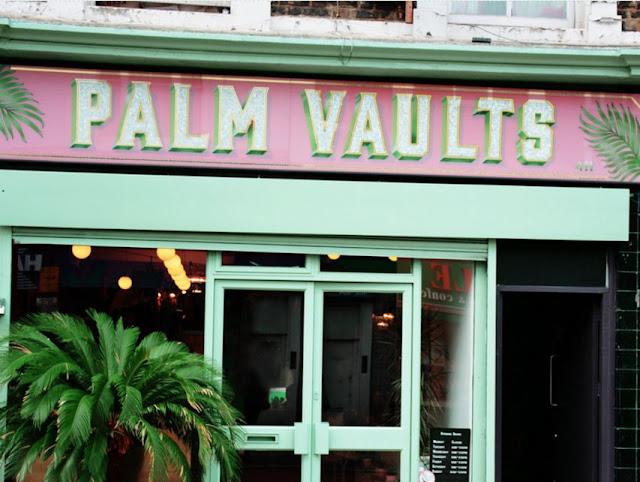 chloeschlothes-palm-vaults