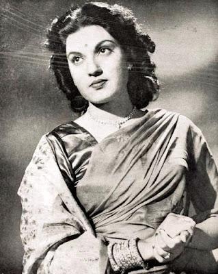 Munawar Sultana in 1950  film Pyar ki Manzil