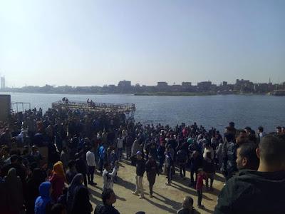Warraq protest