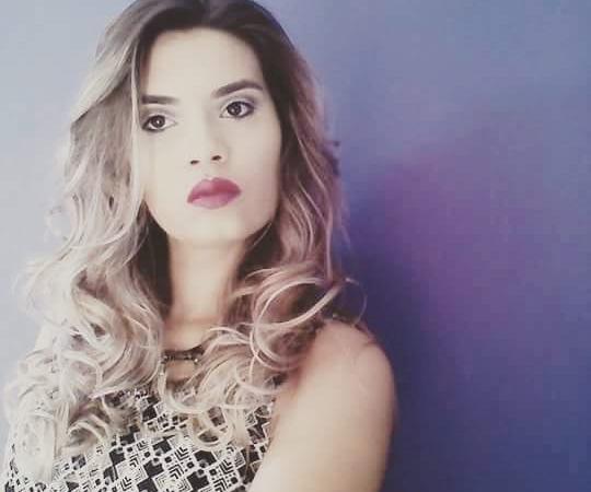Flavia Araújo
