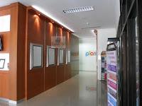 Backdrop dinding kantor