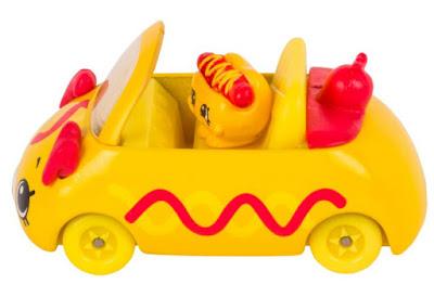 Желтая машинка Кьюти Карс как хот-дог