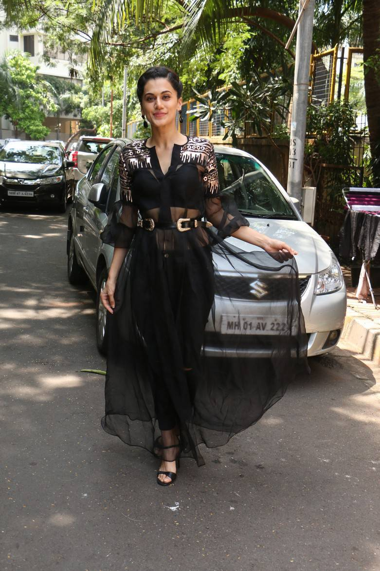 Taapsee At INDIGO Restaurant Pics
