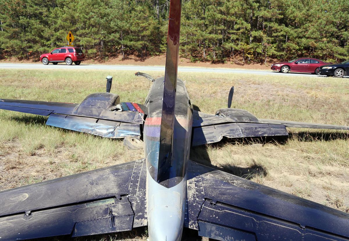 Kathryn's Report: Piper PA-60-601P Aerostar, N601UK: Accident
