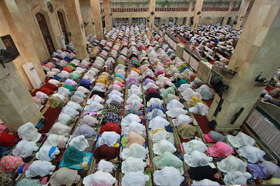 Niat dan tata cara melaksanakn shalat tarawih